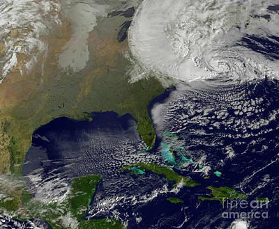 Hurricane Sandy Photograph - Hurricane Sandy Battering The United by Stocktrek Images