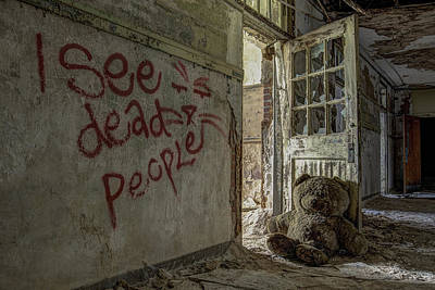 I See Dead People Print by Robert Myers