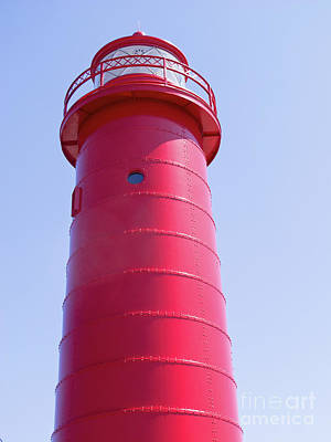Iconic Red Lighthouse Print by Ann Horn
