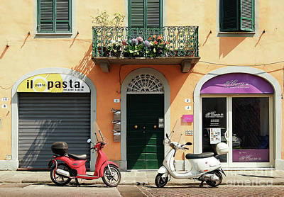 Lucca Photograph - Italian Afternoon by Vaibhav Sharma
