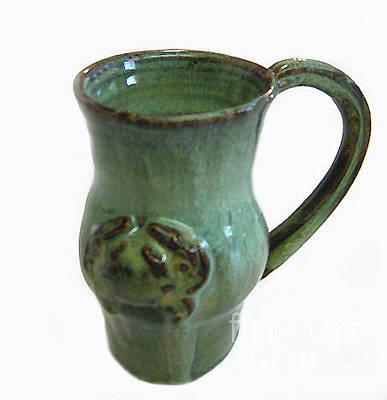 Biloxi Pottery Ceramic Art - Jade Crab Mug by Vernon Nix