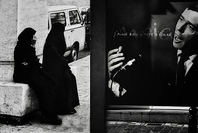 Brussels Photograph - J'aime L'acte D'a?crire (ou De Dessiner) by Yvette Depaepe