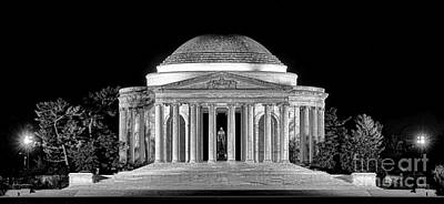 Jefferson Memorial Photograph - Jefferson Memorial Lonely Night by Olivier Le Queinec