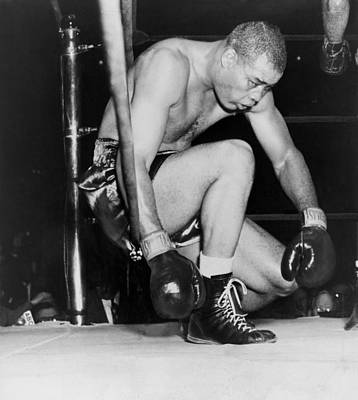 Knockout Photograph - Joe Louis Last Professional Boxing by Everett