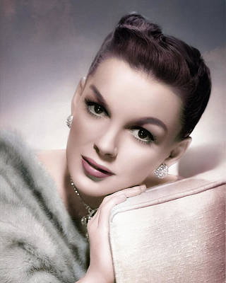 Digital Art - Judy Garland - Soft Portrait by Darlanne