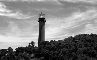 Jupiter Inlet Lighthouse - 8 Print by Frank J Benz