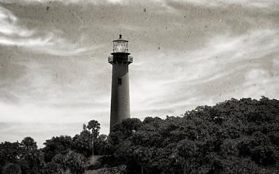Jupiter Inlet Lighthouse - 9 Print by Frank J Benz