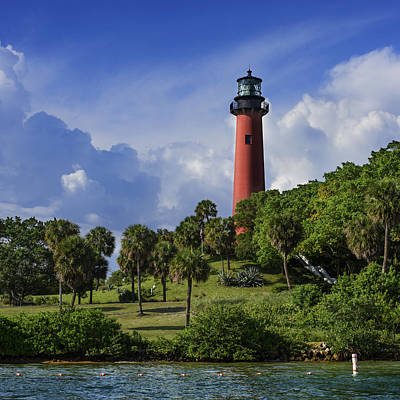 Jupiter Inlet Photograph - Jupiter Lighthouse Sq by Laura Fasulo