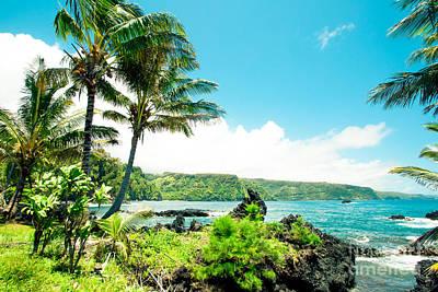 Keanae Waialohe Maui Hawaii Print by Sharon Mau