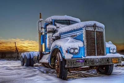 Kenworth Waiting For Summer Print by Thomas Payer
