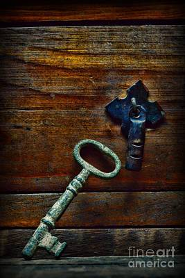 All-metal Photograph - Key To My Heart by Paul Ward