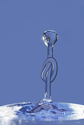 Geyser Digital Art - Knot On The Water by Michal Boubin