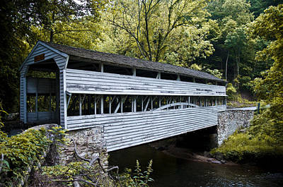 Valley Forge Photograph - Knox Covered Bridge - Valley Forge by Bill Cannon