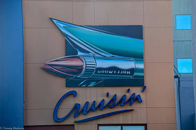 Photograph - La Cruisin by Tommy Anderson