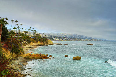 Sunbathers Photograph - Laguna Beach Coastline by Glenn McCarthy Art and Photography