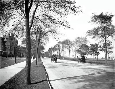 Historic Chicago Photograph - Lake Shore Drive - Chicago 1905 by Daniel Hagerman