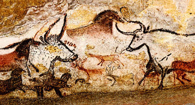 Chauvet Cave Photograph - Lascaux Hall Of The Bulls - Deer And Aurochs by Weston Westmoreland