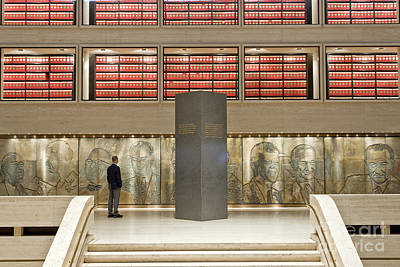 Lbj Library, The Great Hall Print by Inga Spence