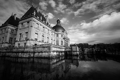 Architecture Photograph - Le Chateau De Vaux-le-vicomte by Sophia Pagan