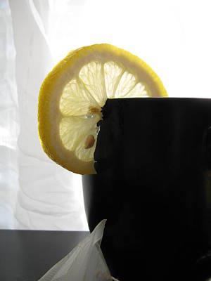 Lemon Slice Print by Lindie Racz