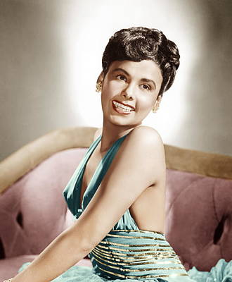 1940s Hairstyles Photograph - Lena Horne, Mgm Portrait, Ca. 1940s by Everett