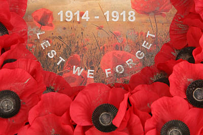 Print featuring the photograph Lest We Forget - 1914-1918 by Travel Pics