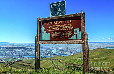 Lewiston Hill Print by Robert Bales