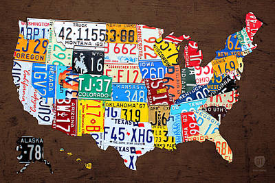 License Plate Map Of The Usa On Brown Wood Print by Design Turnpike