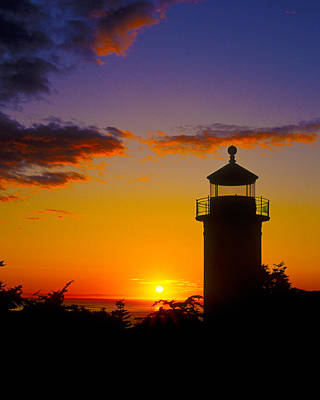Light House At Fort Casey Washington Print by Gary Langley