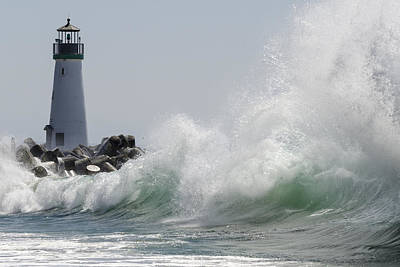 Lighthouse With Wave Print by Bruce Frye