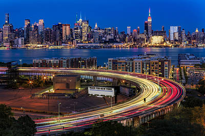 Lincoln Tunnel Helix And Nyc Skyline Print by Susan Candelario