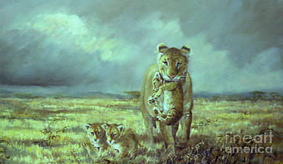 Mums Painting - Lioness And Cubs In Ngorongoro by Silvia  Duran