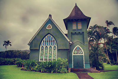 Hanalei Photograph - Little Green Church by Laurie Search