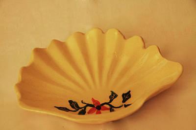 Little Shell Plate Original by Itzhak Richter