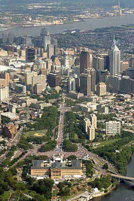 Philly Skyline Photograph - Live 8 Concert Philadelphia Ben Franklin Parkway 2 by Duncan Pearson