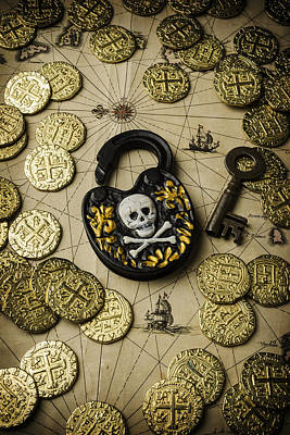 Booty Photograph - Lock And Gold Coins by Garry Gay