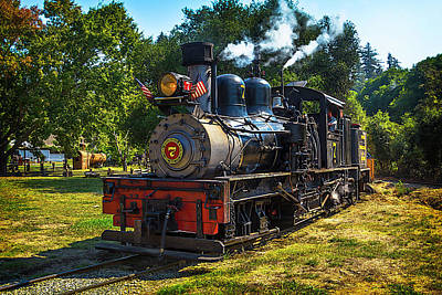 Headlight Photograph - Locomotive Number Seven by Garry Gay