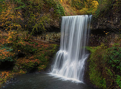 State Parks In Oregon Photograph - Lower South Falls Autumn by Loree Johnson