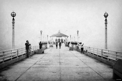 Spectators Digital Art - Manhattan Beach Pier In Black And White by Glenn McCarthy Art and Photography