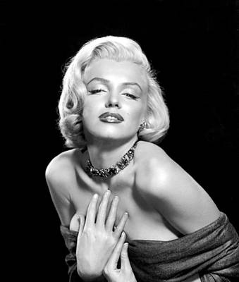 Necklace Photograph - Marilyn Monroe by Everett