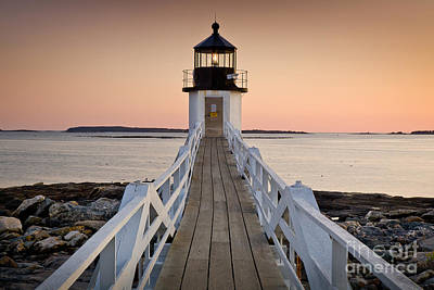Mid-coast Maine Photograph - Marshal Point Glow by Susan Cole Kelly