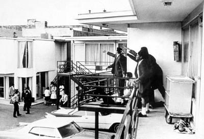 Martin Luther King, Jr Assassination Print by Everett