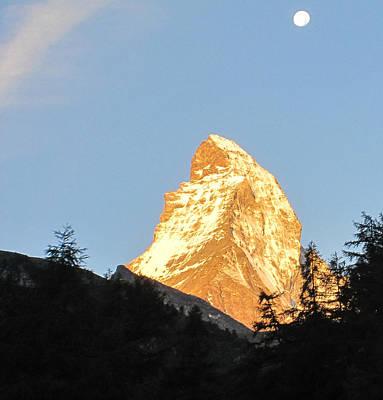 Photograph - Matterhorn Alpenglow by Karina Taugwalder