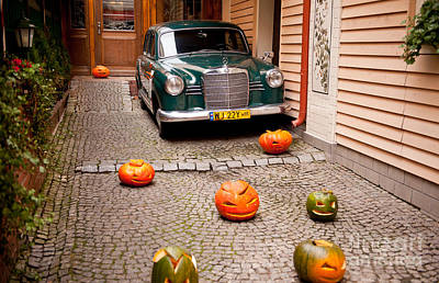 Horror Cars Photograph - Mercedes Benz Car And Pumpkins by Arletta Cwalina