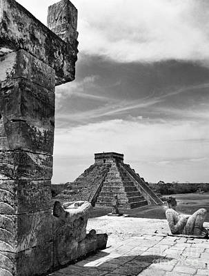 Precolumbian Photograph - Mexico: Chichen Itza, by Granger