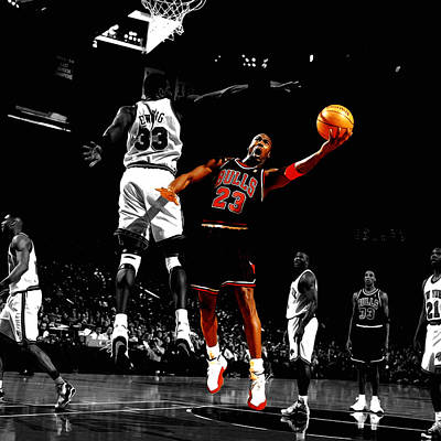 Patrick Ewing Digital Art - Michael Jordan Left Hand by Brian Reaves