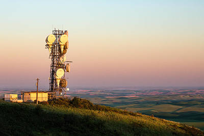 Lattice Photograph - Microwave Tower by Todd Klassy