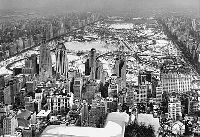 Midtown Manhattan And Central Park View In Winter Print by American School