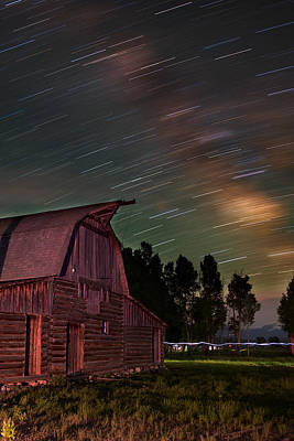 Night Workshop Photograph - Milk Trails Over The Moulton Barn by Mike Berenson