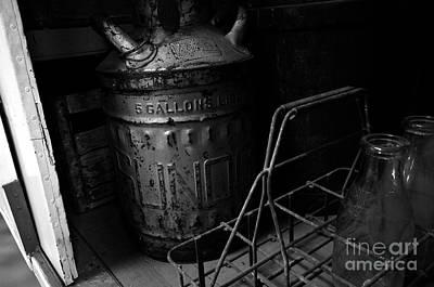 Old Milk Jugs Photograph - Milk Wagon by David Lee Thompson